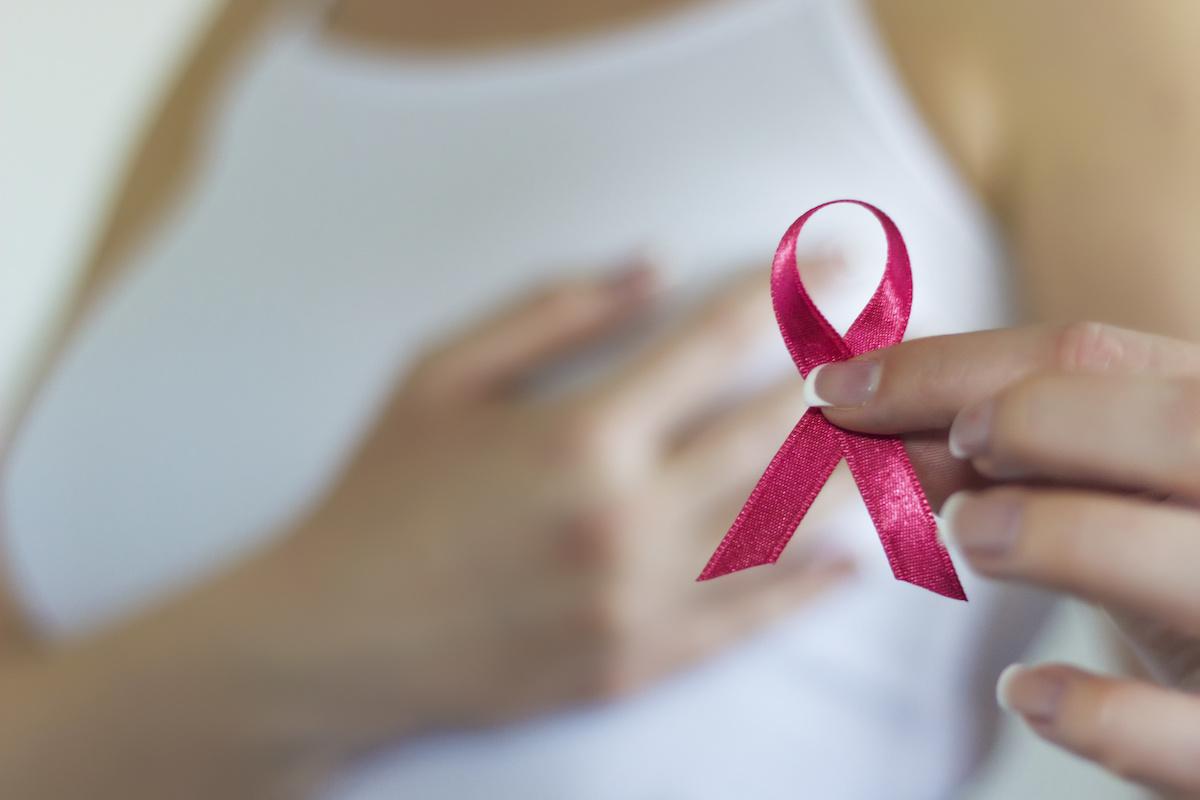 El cáncer de mama desde fuera